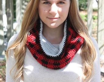 Crochet Plaid Scarf, Women's Plaid Scarf, Crochet Cowl, Winter Scarf, Women's Infinity Scarf, Teen Scarf, Teen Plaid Scarf, Crochet Scarf