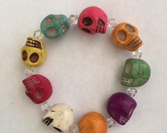 "Great Sale Large Skulls and Crystal Bracelet for Halloween Size 7 1/2"" Multicolor"