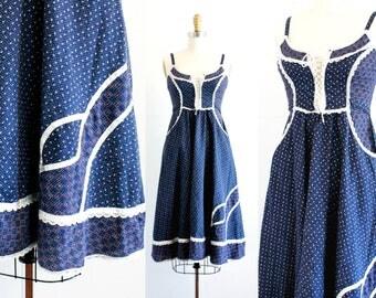 Vintage 1970s Gunne Sax dress . The Holly Hobbie . blue calico prairie dress . 1970s sun dress . Jessica McClintock