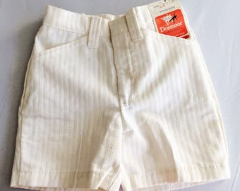 BACK TO SCHOOL // Vintage White Shorts // Childrens Clothing Size 9 // 22 1/2 inch waist