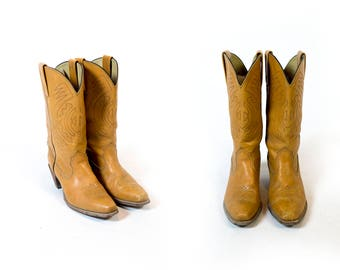 Vintage Frye Made in USA British Tan Topstitched Square Toe Stacked Wood Heel Mid Calf Boots // Fits Like Size 8 or 8.5 US Women's