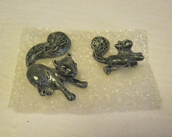 Pair of Vintage Gerry's Squirrel Scatter Pins Animal Jewelry Brooch