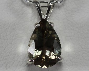 Oregon Sunstone Green, Pear Shaped Gemstone Necklace in Sterling Silver 1.6 cw #1279