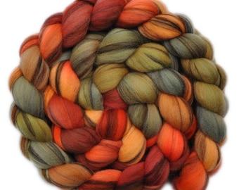 Handpainted roving - 21.5μ Merino wool spinning fiber - 4.1 ounces - Fresh Crab 1