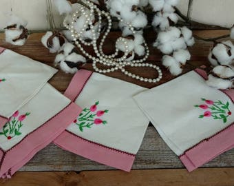Antique Linen Handmade Napkins - Shabby Chic Set, Retro Floral Cocktail Linens, Cocktail Party, Hand Stitched Linens, Card Table Napkins