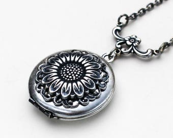Sunflower Necklace, Sunflower Locket Necklace, Silver Sunflower Locket, Sunflower Jewelry, Sunflower Pendant, Birthday Gift, Bridesmaid Gift