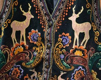 Vintage 90s Velvet-like Fuzzy Deer Floral Nature Vest