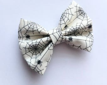 Spider web fabric hair bow--black and white 3.5 inch Halloween bow for baby toddler big girls--holiday hair accesories