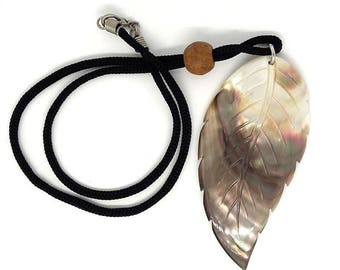 Feather Pendant, Mother of Pearl, Handmade From Genuine Mother of pearl Natural Color