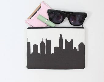 COLUMBUS Skyline Wristlet Clutch. Skyline Wristlet. Skyline Clutch. Skyline Silhouette Purse. Gifts for Her. College Student Gift.