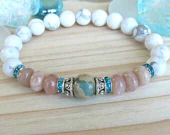 African Opal bracelet, peach moonstone and Matte Howlite,  gemstone bracelet, calming, Yoga Bracelet, Meditation bracelet, Reiki, mala