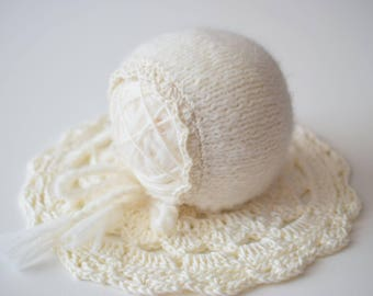 Newborn Hat, Classic Bonnet, Photo Prop