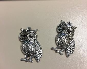 Pair owl pendants