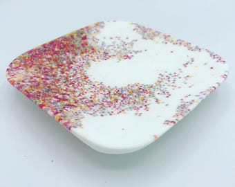 100s and 1000s  resin square plate