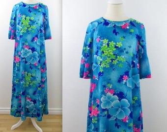 SALE Moonlight Garden Hawaiian Floral Dress - Vintage 1970s Summer Dress in Large xLarge by Royal Hawaiian