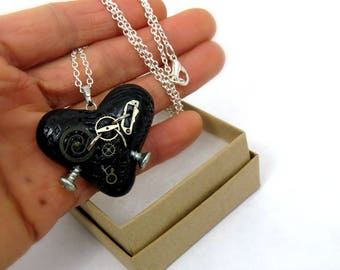 Steampunk jewelry/ Heart jewelry/ black heart necklace/ Gothic heart necklace/ black heart necklace/ handmade necklace/ valentine gift