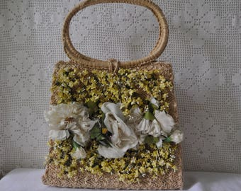 Woven Straw Ritter Bag With Silk Flowers/Natural Raffia Top Handle Purse/Vintage 1950s/White and Yellow Floral Summer Handbag