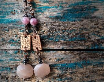 Moonstone Earrings, Lepidolite Earrings, Hypoallergenic Niobium Earrings, Dangle Earrings, Long Earrings, Gemstone Earrings, Boho Jewelry