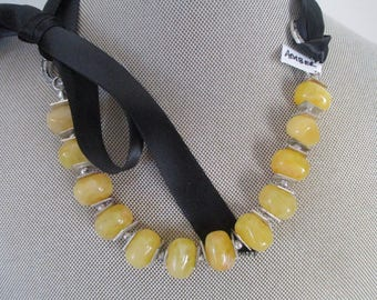 BALTIC AMBER Necklace with Bow