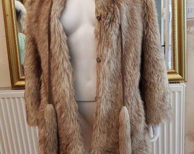 Vintage 70s vtg 1970s Wolf Real Fur Jacket Coat with Decorative neck Tie M L 40 Bust