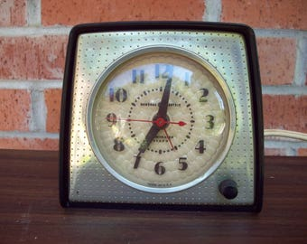 Retro General Electric Illuminated Electric Alarm Clock Works