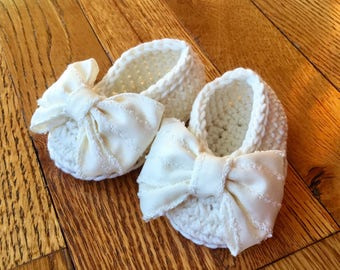 Ivory Baby Girl Crochet Booties Slippers Shoes