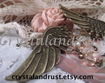 Antique Bronze - Wing Charms --- 2 Pieces --- CHM - 025