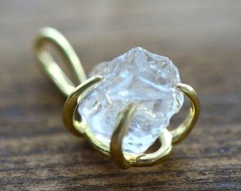 1 - Rough Cut Crystal Pendant in 24K Gold Plated Claw Setting - Gemstone Jewelry Making Supplies ()