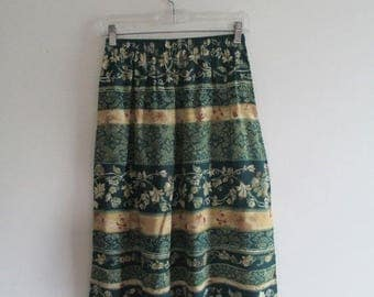Vintage 1970s elastic high waist green floral print boho festival midi skirt/size small to medium