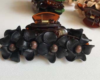 Leather flower PLUMERIAS in large claw hair clip
