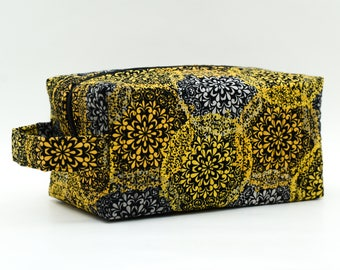 Colorburst Quilted Cosmetic Bag with Handle, Boxy Pouch; Yellow, Grey, Black; Boxy Bag; Travel Pouch; Travel Bag; Shave Bag; Make-up Bag