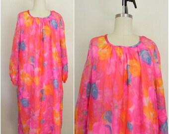 Vintage 1970s Floral Pink Hippie Shift Dress
