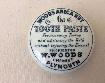 Victorian Pot Lid~Tooth Paste~Woods Areca Nut~Chemist~Plymouth~