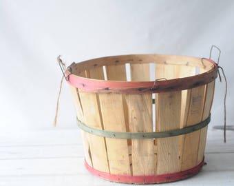 Vintage Split Wood Bushel Basket With Wire Handles Apple Basket Wood Bottom