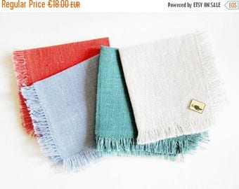 SUMMER SALE- Set of 4 Vintage Woven Linen Napkins with Frindges, Retro Mid Mod Modern Design, New and unused, made in the 70s