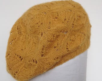 Lace pattern beret hand knitted in 100% alpaca wool
