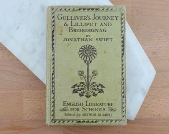 Gullivers Travels by Jonathan Swift,  Vintage Hardcover Book, Gulliver's Journey to Lilliput & Brobdignag