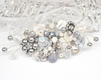 Gray Bridal Comb- Charcoal Gray Comb- Wedding Hairpiece- Gray Hair Clip- Charcoal Hairpiece- Gray Hair Accessory- Bridal Hair Accessories