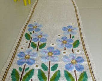 Vintage Swedish hand embroidered table runner - Flowers in cross stitch