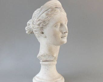 1984 AUSTIN PRODUCTS JUNO 13in Bust Sculpture Goddess Classical Art Roman Mythology Ideal Beauty Cast White Foundry Stone Signed Ex Cond