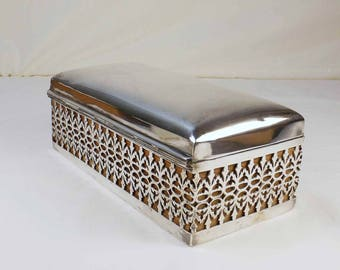 English Reticulated Silver Plate Table Cigarette Box ca. 1910
