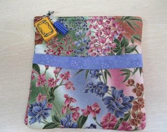 Beautiful Mah Jongg bag /purse in Asian floral design