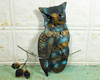 Vintage Retro Metal Owl Wall Hanging, Blue Green Metal Feathers