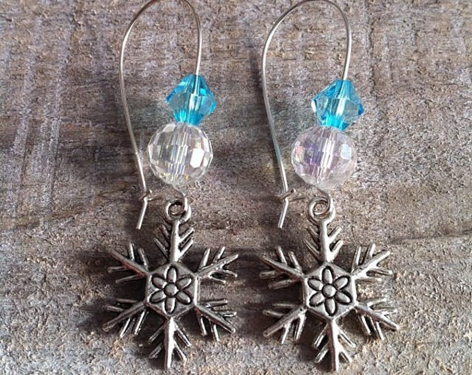 Snowflakes earrings large silvery turquoise 4 clasps