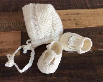 Knited Baby  Bonnet,Crochet baby Girl booties,Newborn Photo Prop,Baby girl crochet Photo prop set