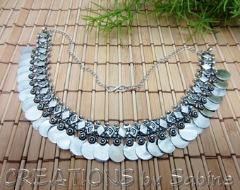 Silver Coin Necklace Choker Ethnic Tribal Bohemian Silver Tone Metal Adjustable Length Very Shiny Flexible Links Vintage FREE SHIPPING (682)