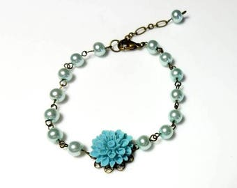 Blue Lucite Flower Swarovski Crystal Pearl Bracelet Beaded Chain Bracelet Floral Nature Bracelet Antiqued Gold Beaded Jewelry Gifts for Her