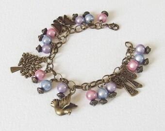 Bracelet Romantique Shabby Chic - Joie Rose - Gourmette Métal Bronze vieilli, Breloques, Perles Magiques - Bijoux créateur, pièce unique