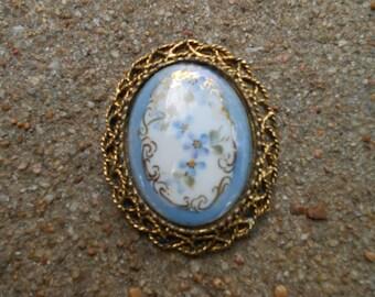 Vintage Blue and gold vintage brooch