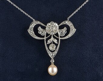 Rare Belle Epoque 3.80 Ct diamond natural pearl platinum lavaliere